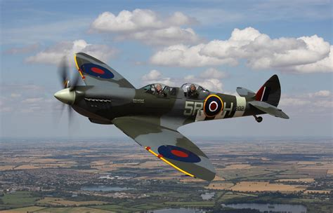 Reasons You Need to Fly a Spitfire - Plane News