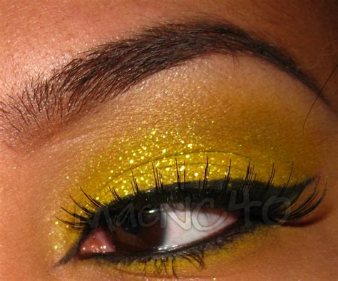 Beauty Indulgence Mac Glitter - Crystalled Yellow for £14