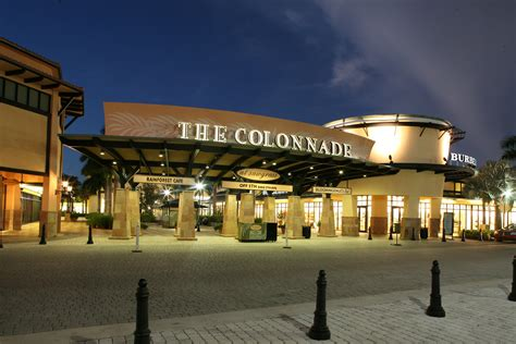 Sawgrass Mills Outlet Mall: The United Nations of Shopping