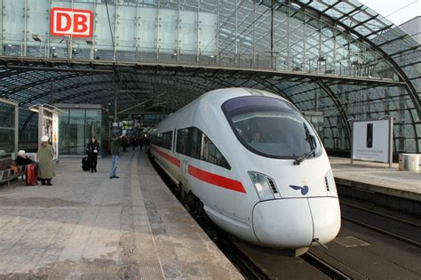 Save with Cheap Rail&Fly Tickets on Trains to Airports in