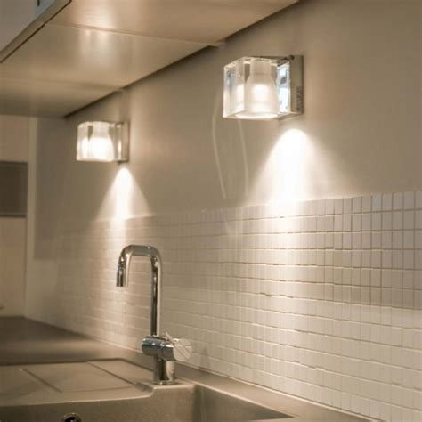 Ice Cube wall and ceiling light - Lampefeber