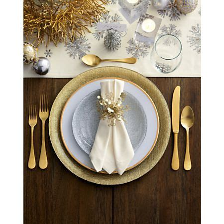 Lucia Gold 20-Piece Flatware Set + Reviews | Crate and