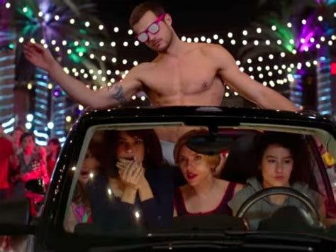 """""""Rough Night"""" Is Like """"Weekend At Bernie's"""" With Dead Male"""