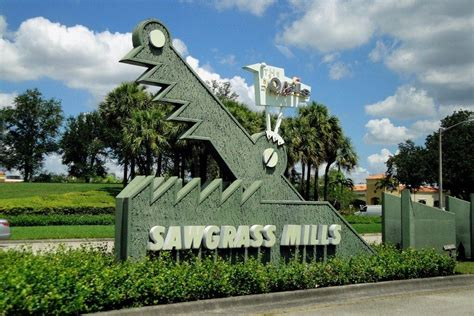 Sawgrass Mills: Fort Lauderdale Shopping Review - 10Best