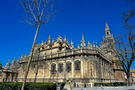 A Brief History of Seville Cathedral